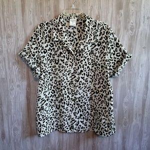 Vintage Leopard Print Short Sleeve Button Down Top